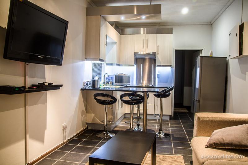 Aparntment to rent- Modern & Classy - Image 1 - Port Elizabeth - rentals