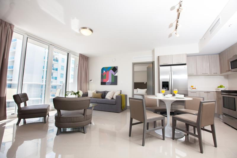 New and Modern Two Bedroom Apartment - Habitat Residence Tower 2 - Image 1 - Coconut Grove - rentals