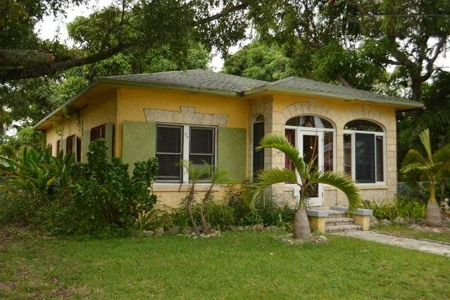 Rustic Mango House and Gardens Downtown FTL (4 BR) - Image 1 - Fort Lauderdale - rentals