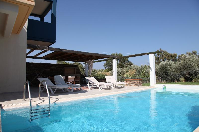 SUPERB VILLA-3 OVERLOOKING SEA AND GOLF COURSE - Image 1 - Afandou - rentals