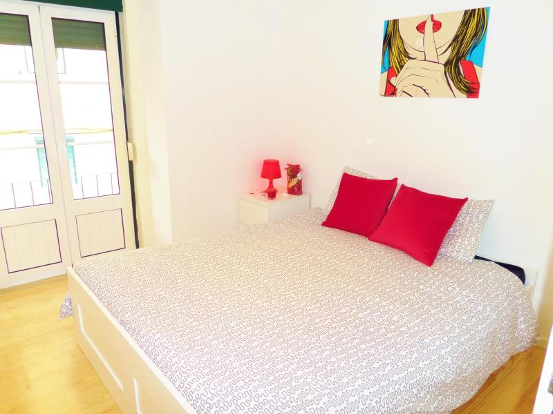 RED Passion Apartment @ Lisbon Lovers - Image 1 - Lisbon - rentals