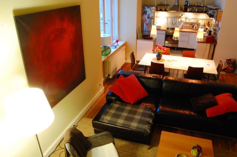 Living Room & Dining Area - Scholle Grande Apartment on Museum Island in Berlin - Berlin - rentals