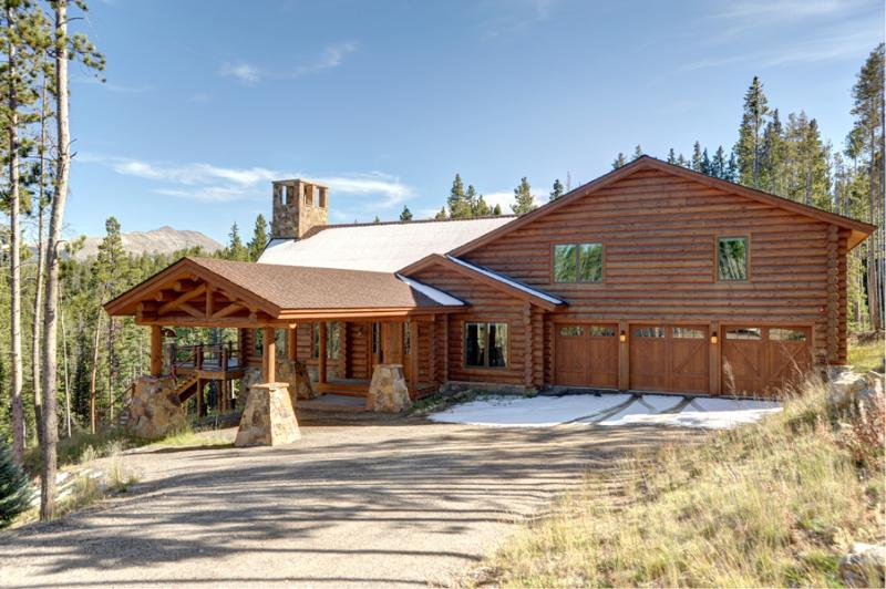Moose Creek Lodge luxury 6 Bedroom home secluded on 6 acres, nearby Peak 8 and downtown Breckenridge - New Luxury Log Home on 6 Acres 2 miles to Peak 8 - Breckenridge - rentals