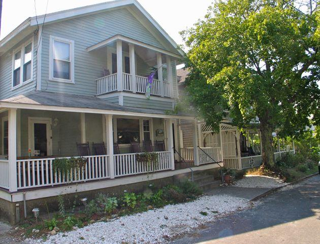 Spacious Oak Bluffs In-Town Rental! (52) - Image 1 - Massachusetts - rentals