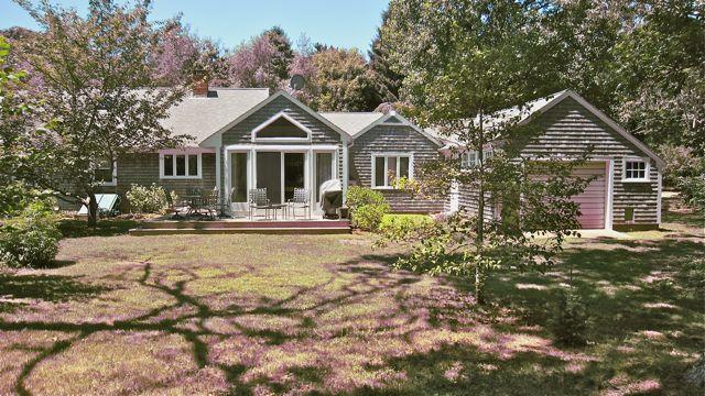 Beautiful Chilmark Rental Centrally Located! (Beautiful-Chilmark-Rental-Centrally-Located!-CH228) - Image 1 - Chilmark - rentals