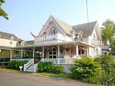 Oak Bluffs In-Town Victorian! (46) - Image 1 - Massachusetts - rentals
