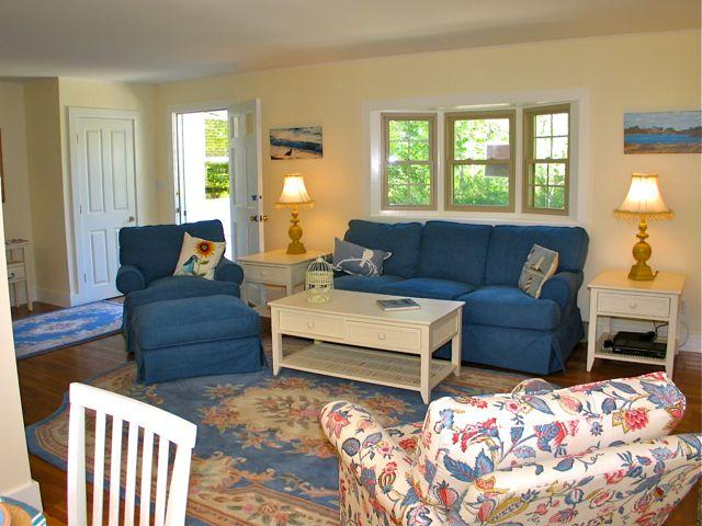 Private West Tisbury Home Close To Vineyard Haven! (355) - Image 1 - Massachusetts - rentals