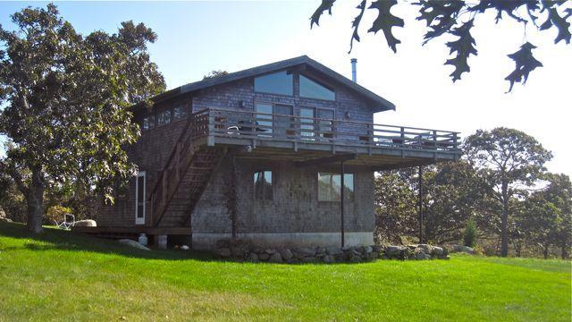 Spacious Menemsha Waterview Rental (69) - Image 1 - Chilmark - rentals