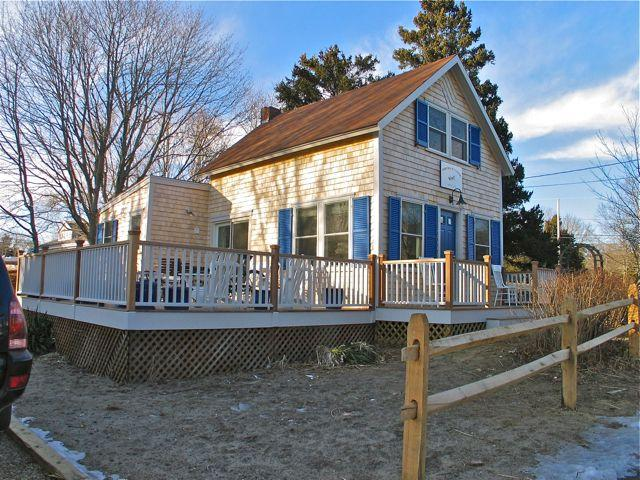The Blue Canoe-1900's Cottage Made New! (The-Blue-Canoe-1900's-Cottage-Made-New!-OB532) - Image 1 - Oak Bluffs - rentals
