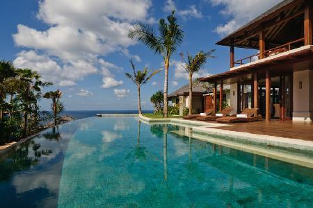 Opulent ocean view haven near beach Villa Chintamani- ensuite & cliffside pools - Image 1 - Uluwatu - rentals