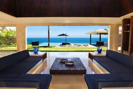 Beachfront Villa Jamadara ideal for families with private infinity pool & resort access - Image 1 - Uluwatu - rentals