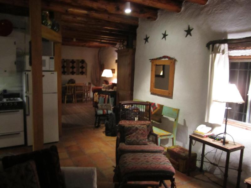 Open Space Concept in the Casista. - La Casa Nova, Historic adobe near Santa Fe Plaza - Santa Fe - rentals