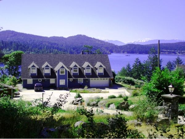 Welcome to Moonlit Cove BB / Main House - Moonlit Cove BB, Sooke, BC - Sooke - rentals