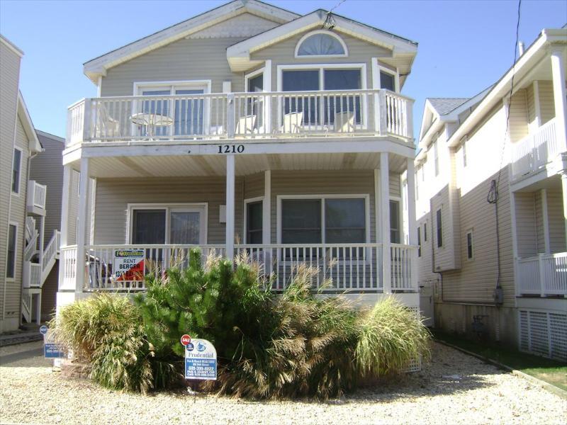 1208 Central Avenue 1st 112058 - Image 1 - Ocean City - rentals