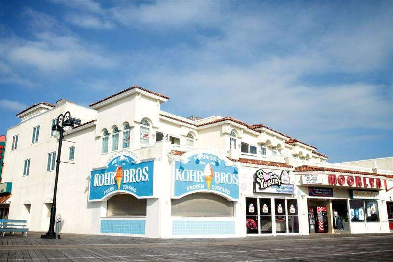 Moorlyn & Boardwalk 112083 - Image 1 - Ocean City - rentals