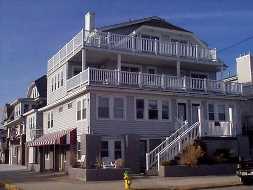 1446 Ocean Ave. Unit 3 114677 - Image 1 - Ocean City - rentals
