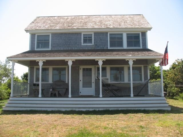 The Rock Pet Friendly Cottage with Views of Highland Light and the Atlantic Ocean - The Rock 109593 - Truro - rentals