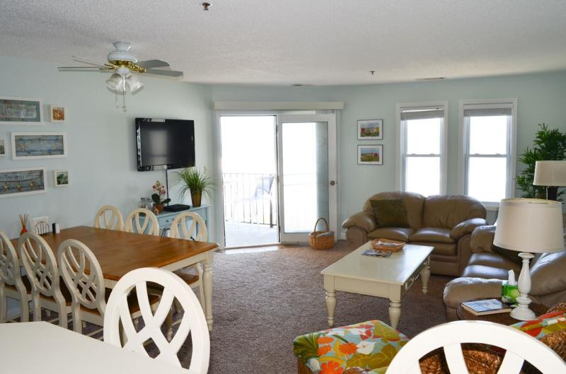 Living Area - Villa Capriani 215-A | Direct Oceanfront 3 Bedroom!  Discounts Available- See - Sneads Ferry - rentals