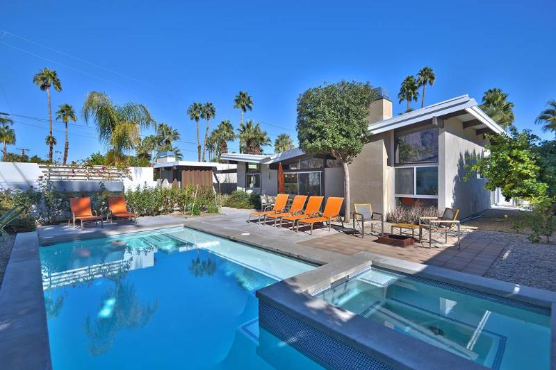 Deepwell Midcentury Butterfly - Image 1 - Palm Springs - rentals