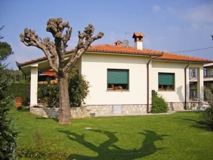 Marinella ~ RA33925 - Image 1 - Marina Di Pietrasanta - rentals