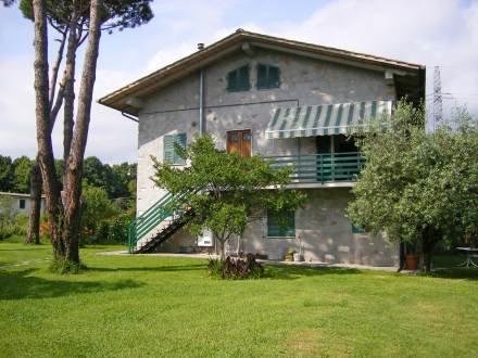 Barbara ~ RA33919 - Image 1 - Marina Di Pietrasanta - rentals