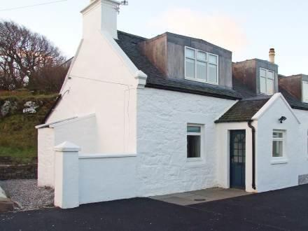 Keepers Cottage ~ RA30223 - Image 1 - Staffin - rentals