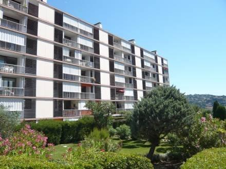 Les Côteaux du Préconil ~ RA28895 - Image 1 - Saint-Maxime - rentals