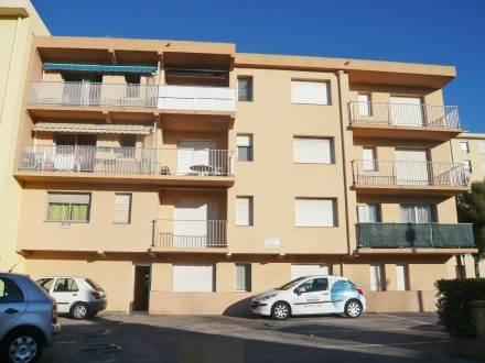 Cythère ~ RA26888 - Image 1 - Canet-Plage - rentals