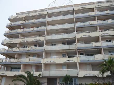 Villa Marine ~ RA26866 - Image 1 - Canet-Plage - rentals