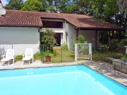Maison Migot ~ RA25997 - Image 1 - Espelette - rentals