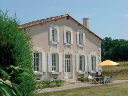Beaulieu ~ RA25245 - Image 1 - Barbezieux-Saint-Hilaire - rentals