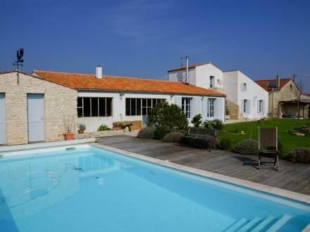 Le Grand Deau ~ RA25471 - Image 1 - Ile d'Oleron - rentals