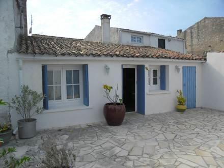 11 rue des Ecoles ~ RA25470 - Image 1 - Ile d'Oleron - rentals