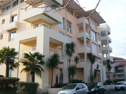 Res Adagio ~ RA25840 - Image 1 - Biarritz - rentals