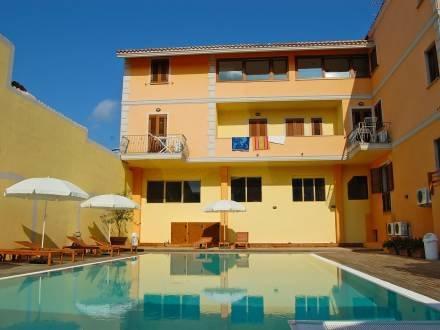 Cristal Blu ~ RA36257 - Image 1 - Santa Teresa di Gallura - rentals
