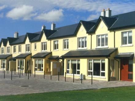 Garville Court Holiday Homes ~ RA32644 - Image 1 - Ennis - rentals