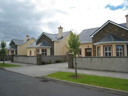 Ard na Mara ~ RA32616 - Image 1 - Dingle - rentals