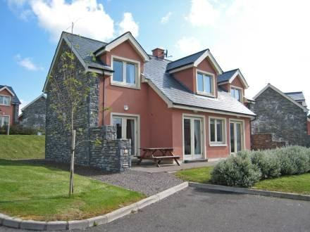 Ring of Kerry Cottages ~ RA32589 - Image 1 - Kenmare - rentals