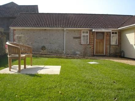 Combpyne ~ RA30039 - Image 1 - Axminster - rentals