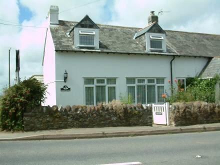 1 School Cottages ~ RA29970 - Image 1 - Looe - rentals