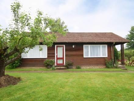 Rosemary Lodge ~ RA29928 - Image 1 - Staplehurst - rentals
