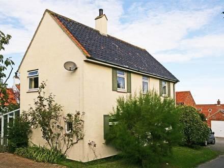 Annie's House ~ RA29842 - Image 1 - Aldeburgh - rentals