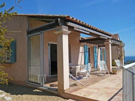 Posidonie ~ RA28657 - Image 1 - Cavalaire-Sur-Mer - rentals