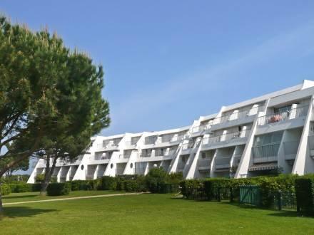 La Santa Maria ~ RA26353 - Image 1 - Port Camargue - rentals