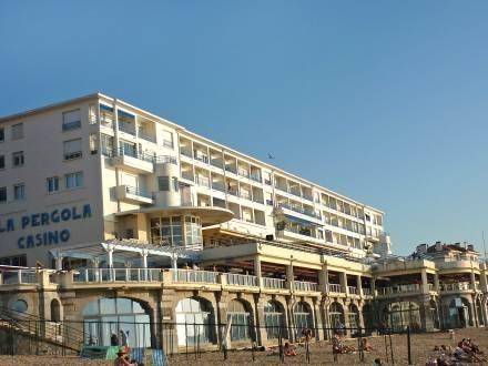 Résidence La Pergola ~ RA25991 - Image 1 - Saint-Jean-de-Luz - rentals