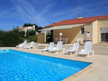 Villa Les Cygnes ~ RA24952 - Image 1 - Les Sables-d'Olonne - rentals