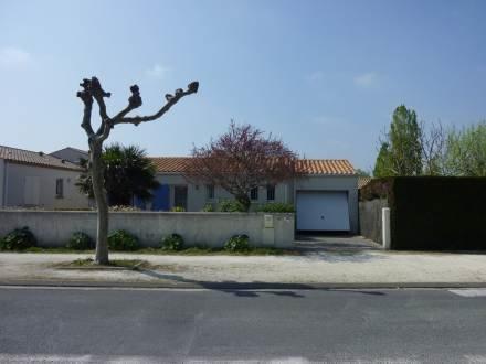 28 R Ardillieres ~ RA25438 - Image 1 - Ile d'Oleron - rentals