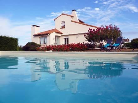 Villa des Tourterelles ~ RA25393 - Image 1 - Vaux-sur-Mer - rentals