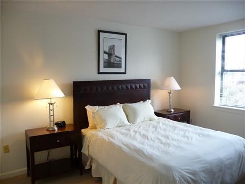 Master Bedroom - Lux Back Bay 1BR in Post-War bldg - Boston - rentals