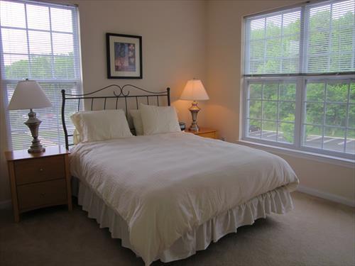 Master Bedroom - Lux 2br Apt nr Princeton University - Princeton - rentals